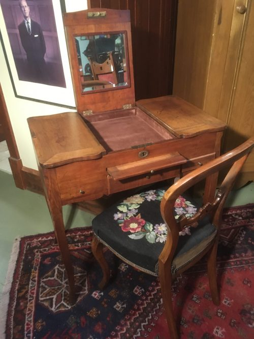 Dressing table 1820